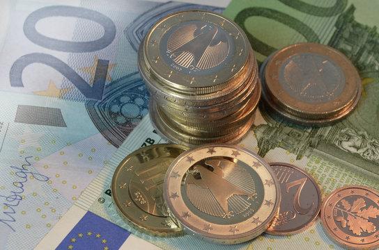 Cash is king: Euromünzen und Scheine