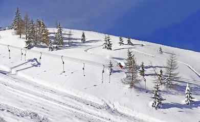Winterlandschaft, Skifahrer, Schlepplift, Tiefschneehang
