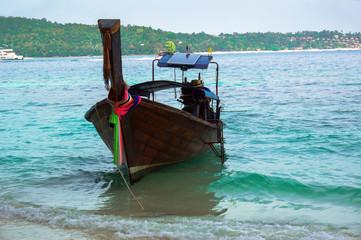 лодка тай