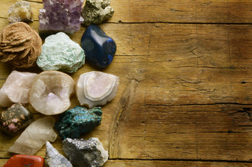 Mineralogy Minéralogie Mineralogia Ásványtan מינרלוגיה
