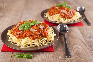 Pasta mit Bolognese-Soße