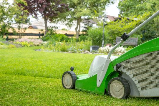 Rasenmäher, Garten, Gartenarbeit