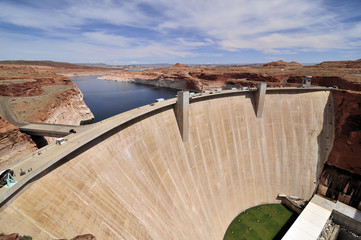 Barrage Glen Canyon Dam / Glen Canyon Dam in Arizona