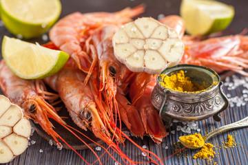 raw shrimp, garlic, lime, curry and sea salt