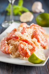 shrimp with garlic, lime and rice