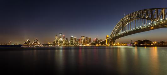 Skyline von Sydney bei Nacht