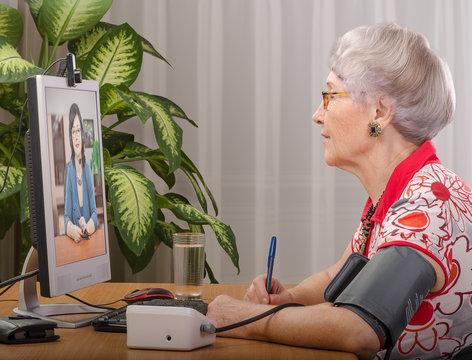 Measuring pressure during virtual physician visit
