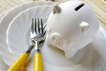 food expenses - economy and finance - poverty