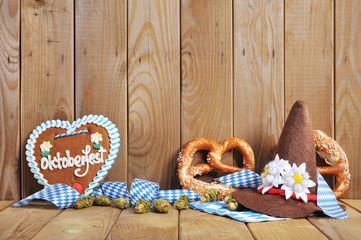 Bayerisches Lebkuchenherz mit Laugenbrezen