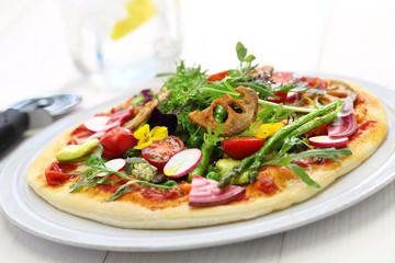 healthy vegetable pizza, vegetarian food
