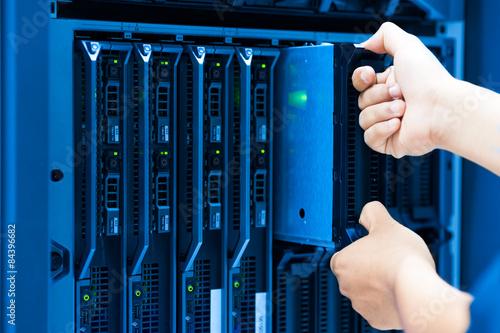 modern storage systems - Products - Kardex Remstar