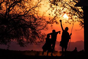 Fotobehang Afrika Maasai Kids Silhouette