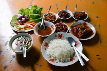 ミャンマー カレー
