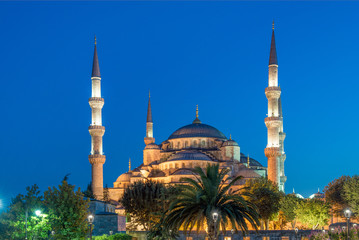 Blue Mosque (Sultanahmet Camii) night view, Istanbul, Turkey