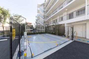 マンション 共同住宅の 機械式駐車場 地下方式