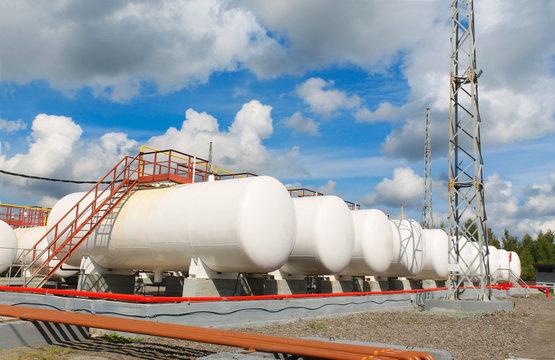 storage of gasoline in the horizontal tanks