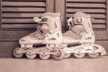 old pink roller skate
