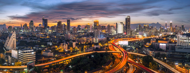Foto auf Acrylglas Bangkok panorama bangkok city sunset trafic road, Night rooftop view skyline highway twilight, office buildings, living, condominium in bangkok city skyline top night view Downtown and business office