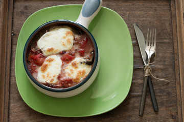 tomato sauce with mozzarella baked in the oven