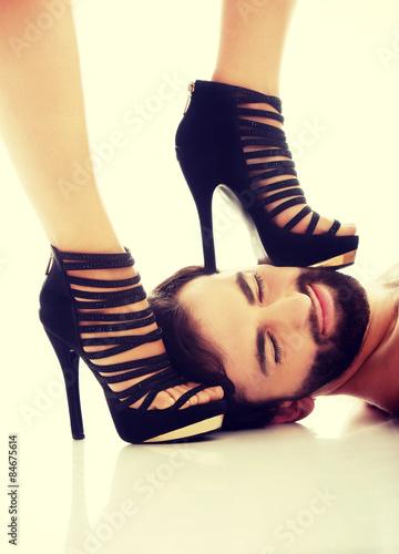 Смотреть порно унижение госпожа и раб