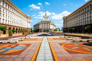 In de dag Oost Europa Ensemble of three Socialist Classicism edifices in Sofia