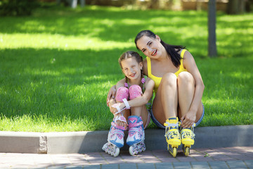 Rollerskaters mom and child