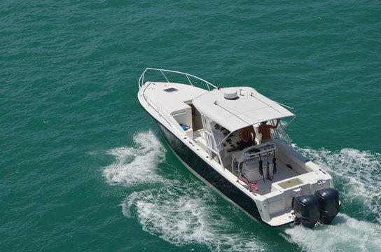 Sort Fishing Boat