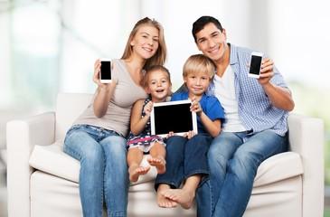Phone, generations, relations.