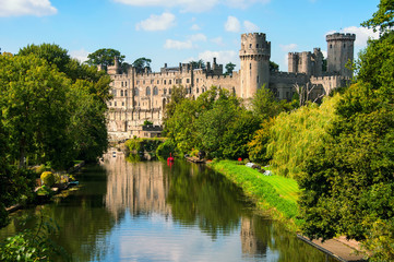 Aluminium Prints Castle Warwick castle in UK with river