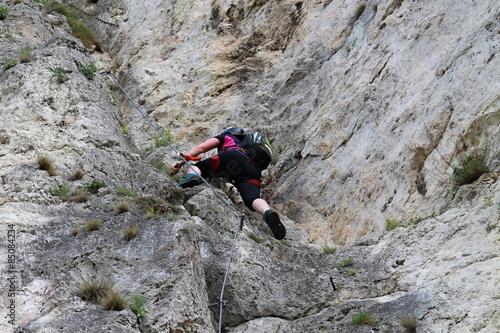 Klettersteig Austria : Climber in via ferrata trattenbacher klettersteig beisteinmauer