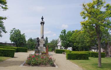 Monument aux morts de Montauban-de-Bretagne