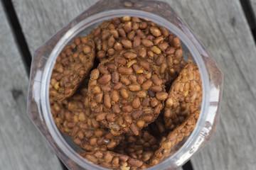 Peanut / Chips of fried crisp peanut as a snack