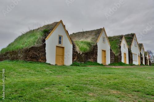 Casas tradicionales en islandia stock photo and royalty free images on pic 85277488 - Casas en islandia ...