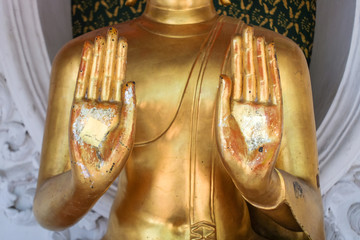 Hands of Load's buddha