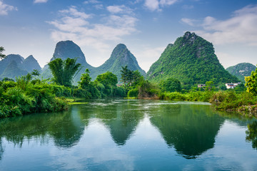 Photo sur cadre textile Guilin Karst Mountains of Guilin