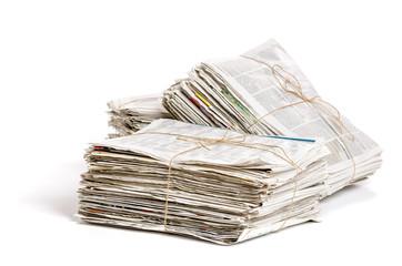 Mehrere Zeitungsbündel