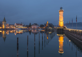 Germany, Lake Constance, harbor entrance in Lindau