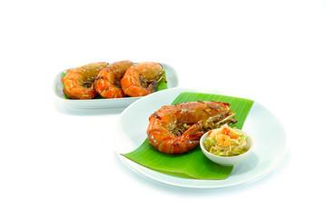 Large sweet shrimp with honey and mango salad.