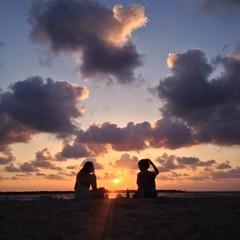 sunset dating