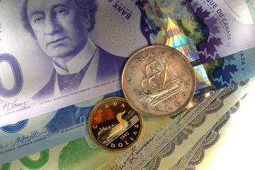 Old and new Canadian Dollars