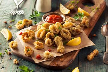 Fotobehang Grill / Barbecue Homemade Breaded Fried Calamari