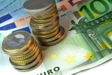 Euro coins and Euro banknotes (true banknotes, no Xerox fakes)