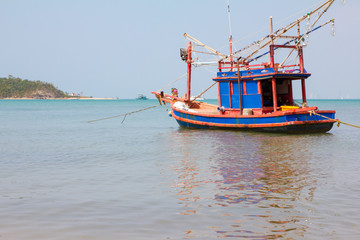 fishing boat in Bang Saray