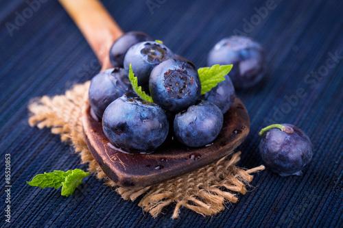 Черника макро ягоды без смс