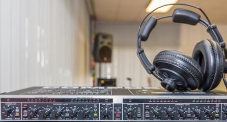 Tontechnik und Kopfhörer