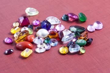 Gruppo di gemme preziose