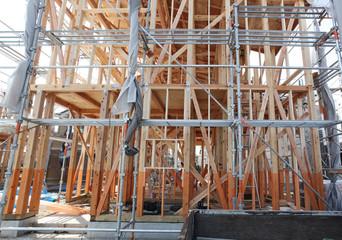 木造2階建て住宅の建築現場 イメージ 木造軸組工法