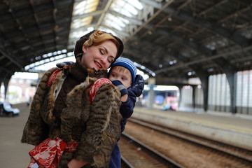 Travel mother and child by rail