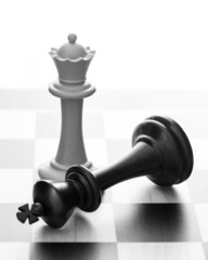 Chess: victory of the white queen
