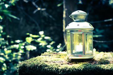 shining lantern